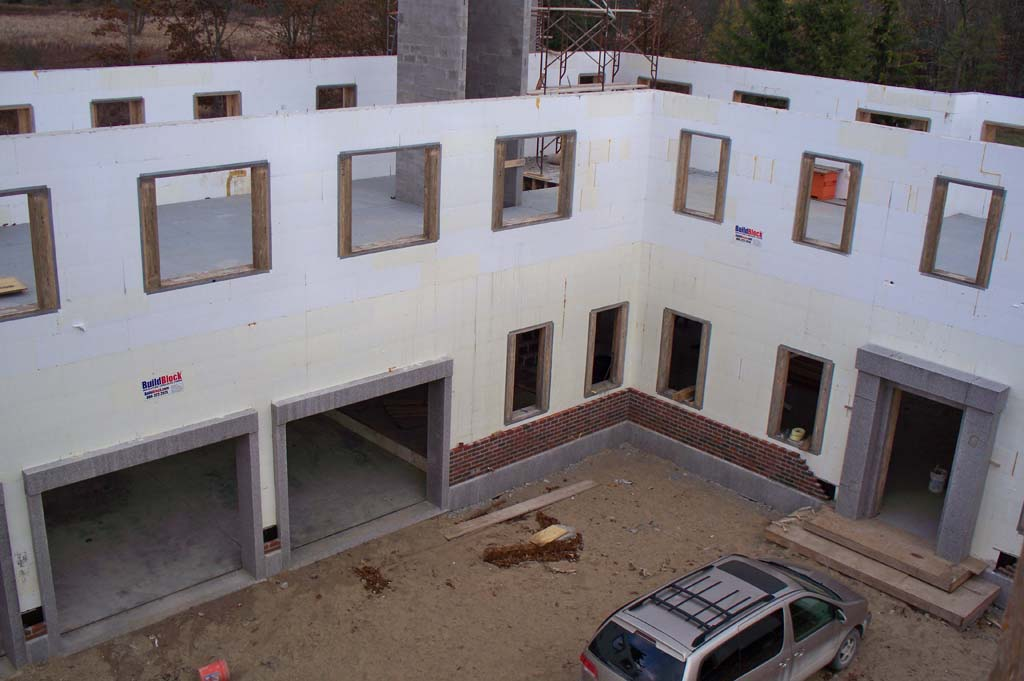 Drew castle 07 buildblock insulating concrete forms for Icf home cost estimator