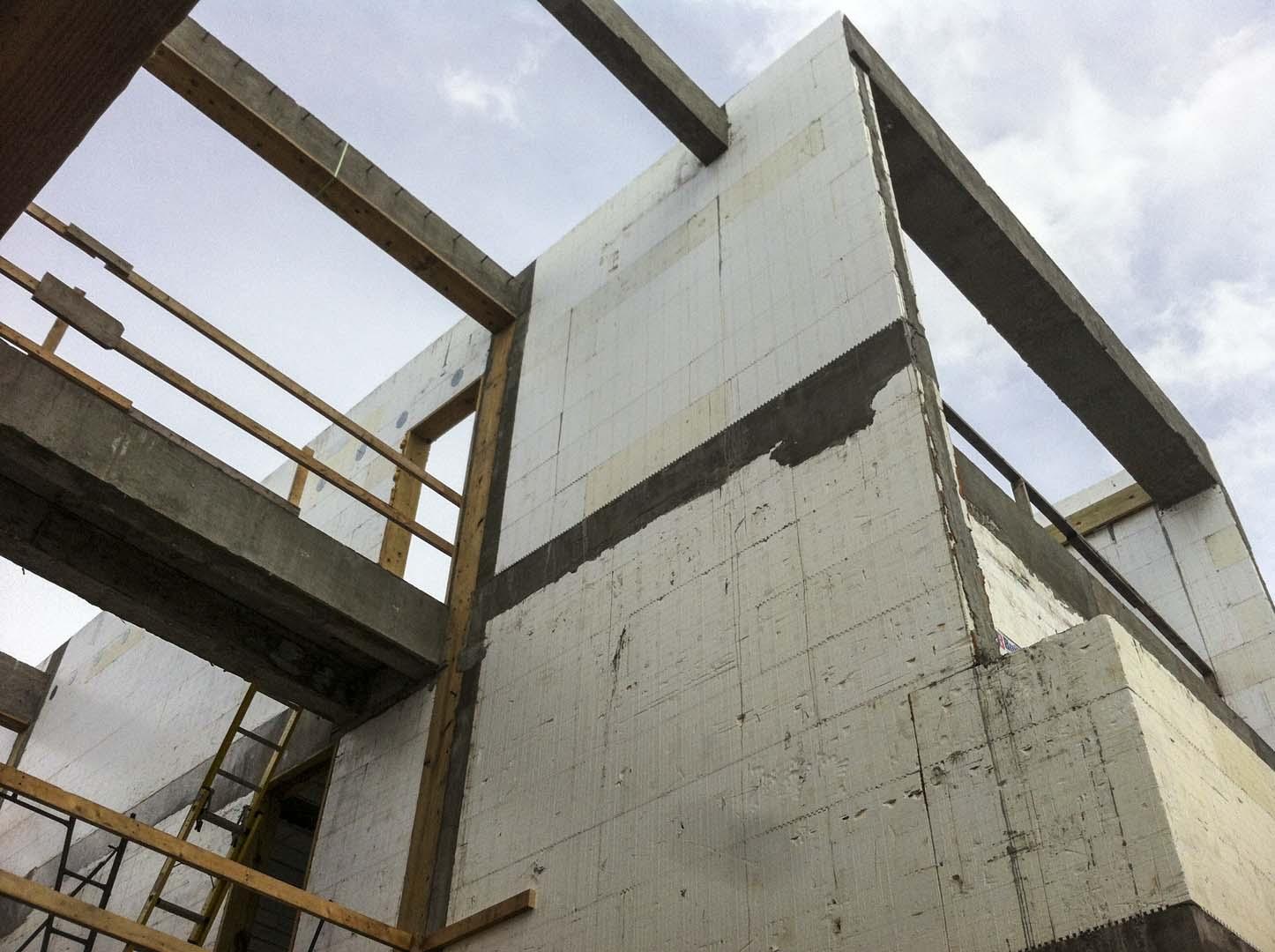 Buildblock project atlantic beach house wins icf builder for Best icf block