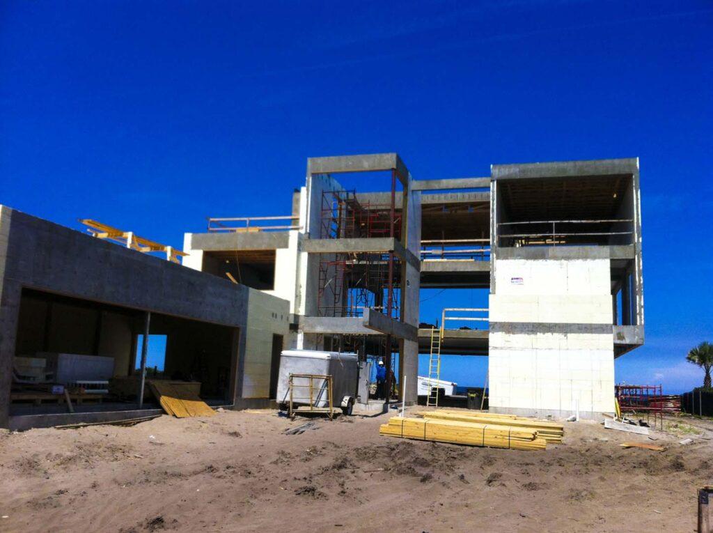 Buildblock project atlantic beach house wins icf builder for Beach house design awards